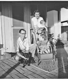Simmons Family 1957
